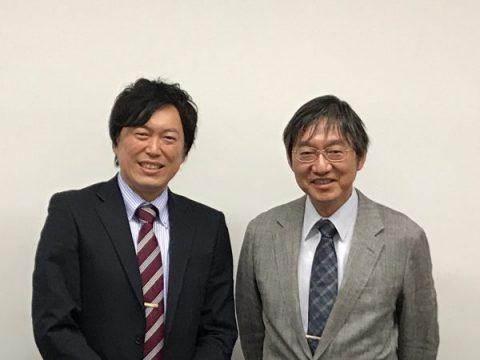 (右)武蔵大学副学長 高橋徳行 (左)株式会社USEI代表取締役社長 朝川康誠