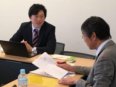 高橋徳行教授との対話は終始和やかな雰囲気で行われました。